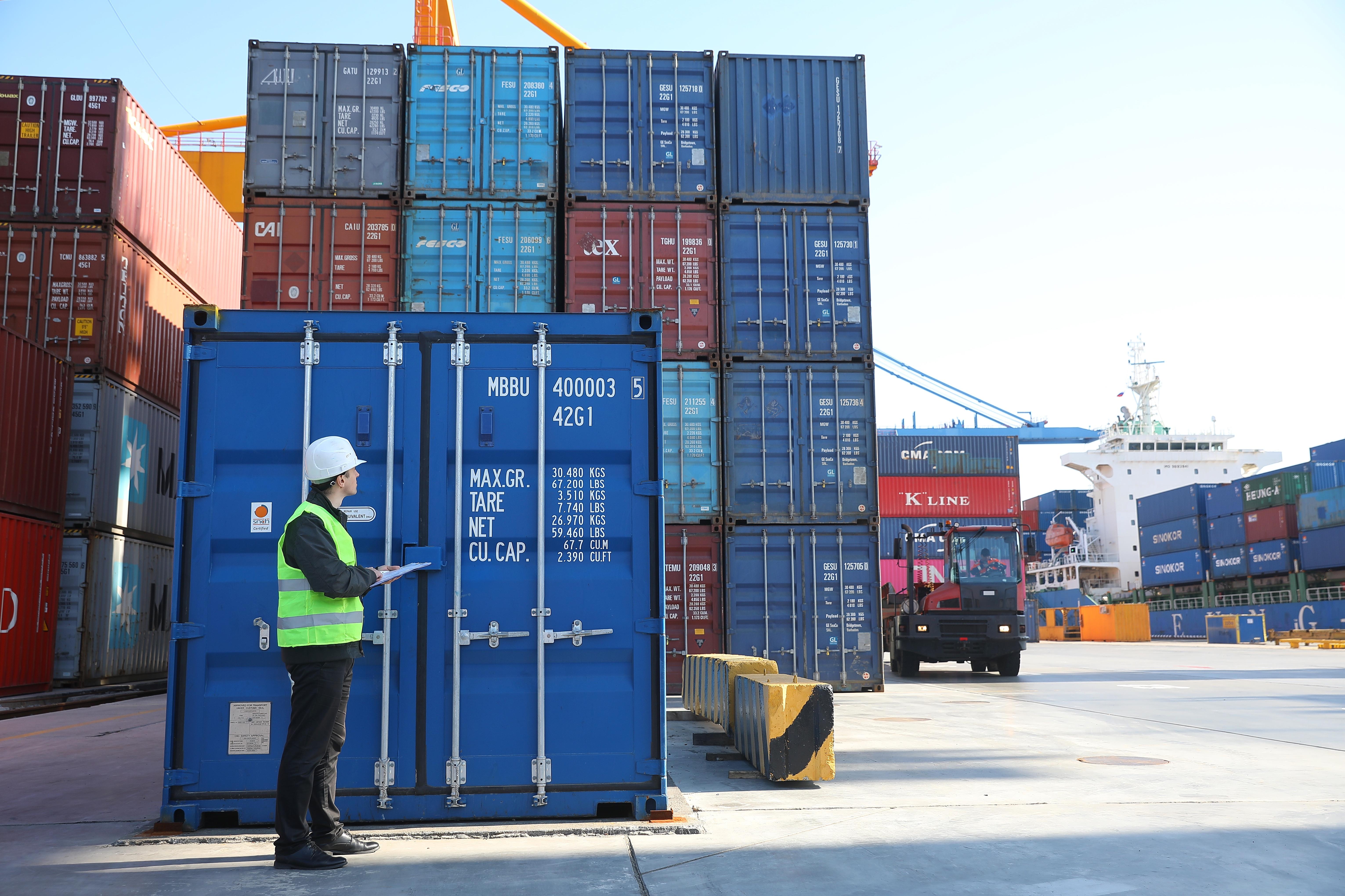 Доставка контейнера 40 футов в Новосибирске